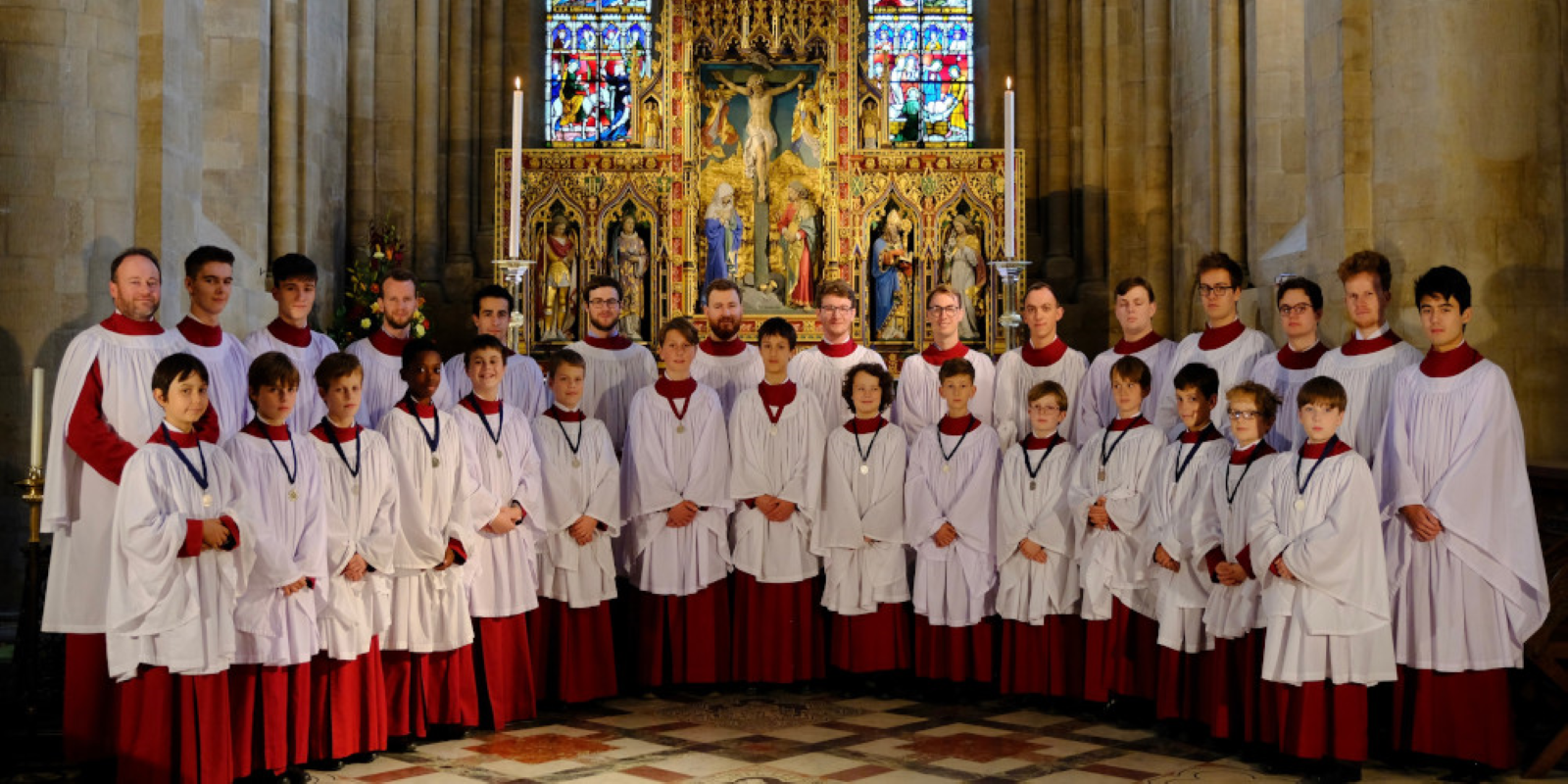 Choir_in_Cathedral_Landscape 1600x800.png